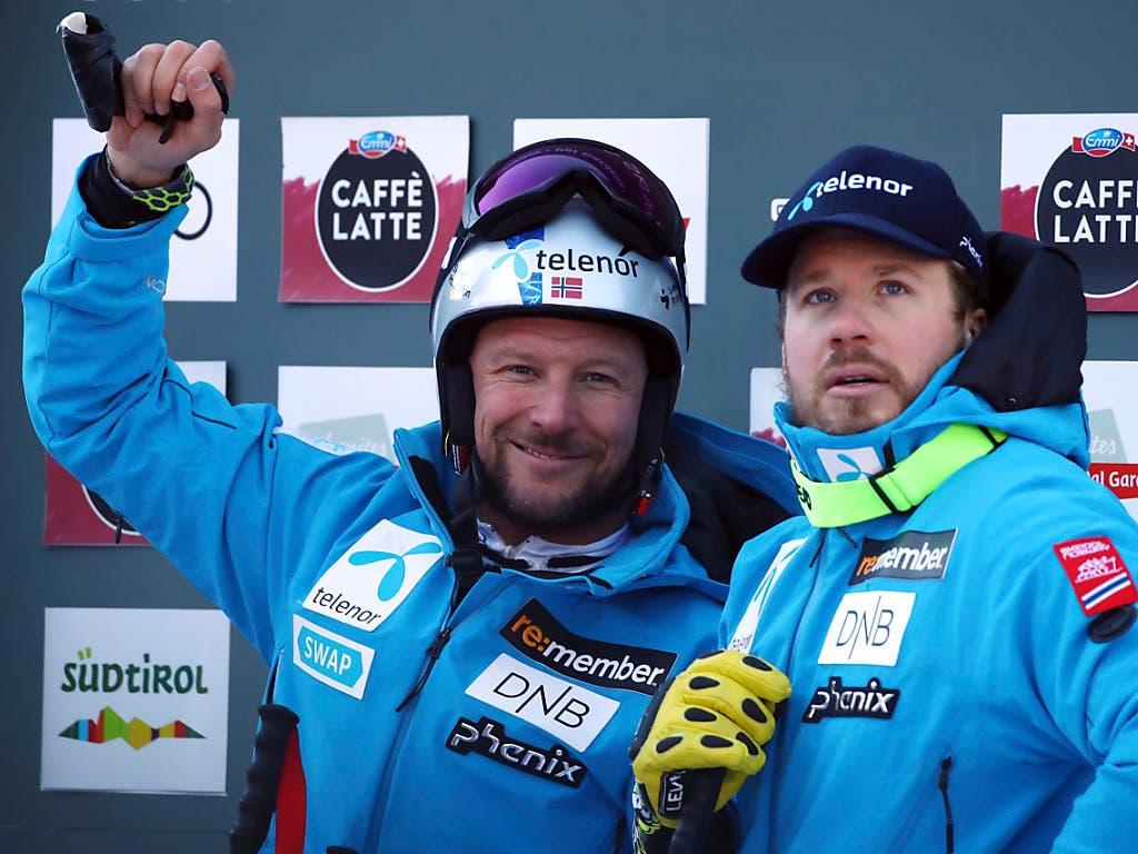 Ein gewohntes Bild: Norweger in Val Gardena auf dem Podium: Sieger Aksel Svindal (links) und der drittplatzierte Kjetil Jansrud (Bild: KEYSTONE/AP/ALESSANDRO TROVATI)