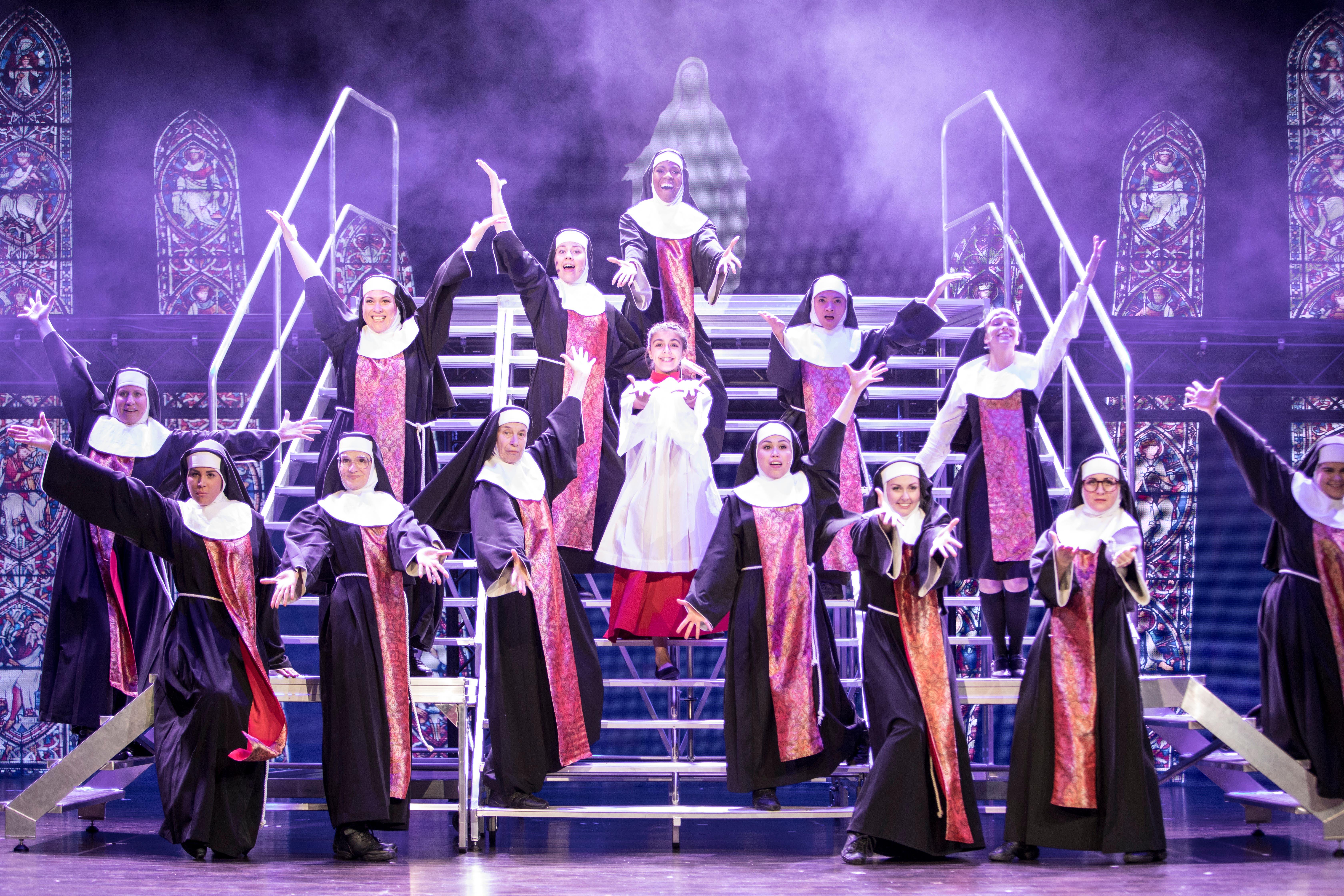 Showtime mit den Nonnen inklusive potenziellem Nachwuchs. (Bild: Manuela Jans-Koch, 13. Dezember 2018)