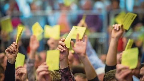 Nach Eklat bei Gemeindeversammlung: Wer soll Einbürgerungen vornehmen?
