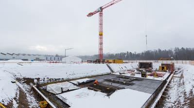 Die riesige Baustelle an der Zelgstrasse in Sulgen. Hier entsteht das Werk von V-Zug. (Bild: PD/Jonas Manser)