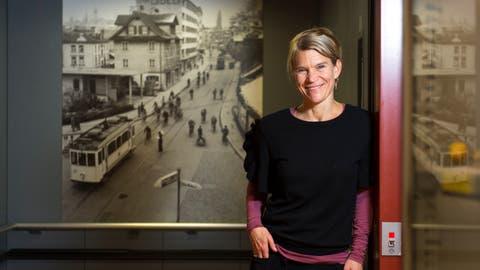 Nicole Davi im Historischen Museum, wo sie unter anderem in einemStück über den Besuch von Queen Victoria in der Zentralschweiz spielte. (Bilder: Dominik Wunderli (Luzern, 28. November 2018))