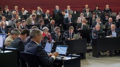 Die Arbeit mit dem Laptop gehört für die Luzerner Kantonsräte schon heute zum Alltag. (Bild: Nadia Schärli (Luzern, 22. Oktober 2018))