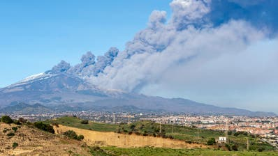 Mindestens zehn Verletzte nach Beben des Ätna auf Sizilien