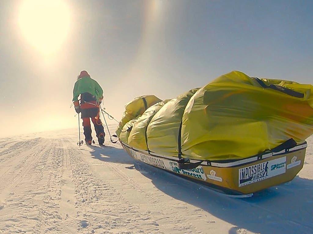 Die letzten 125 Kilometer der Antarktis-Durchquerung legte Colin an einem Stück in 32 Stunden zurück. (Bild: KEYSTONE/AP Colin O'Brady)