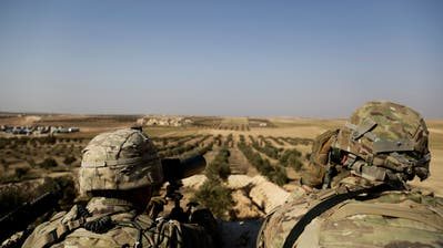 Amerikanische Truppen auf einem Aussenposten in Syrien nahe der Grenze zur Türkei. (Archivbild: Susannah George/AP (Manbij, 7. Februar 2018))