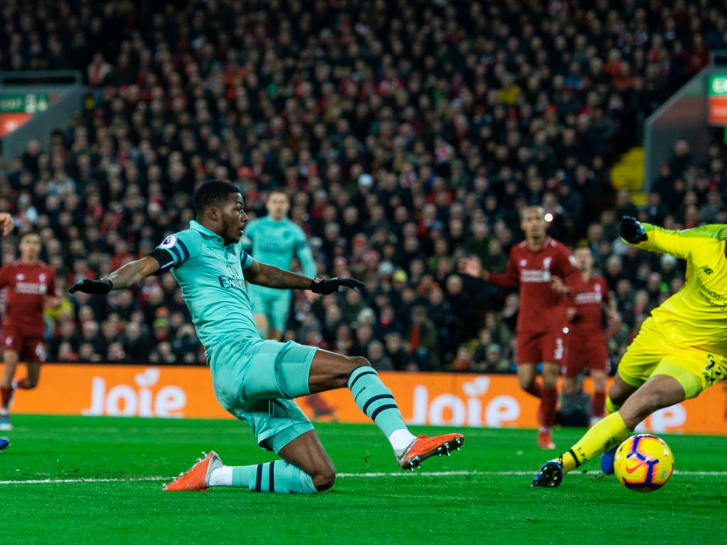 Da war die Welt für Arsenal noch in Ordnung: Ainsley Maitland-Niles traf in der Startphase zum 1:0 für die Gäste aus London (Bild: KEYSTONE/EPA/PETER POWELL)