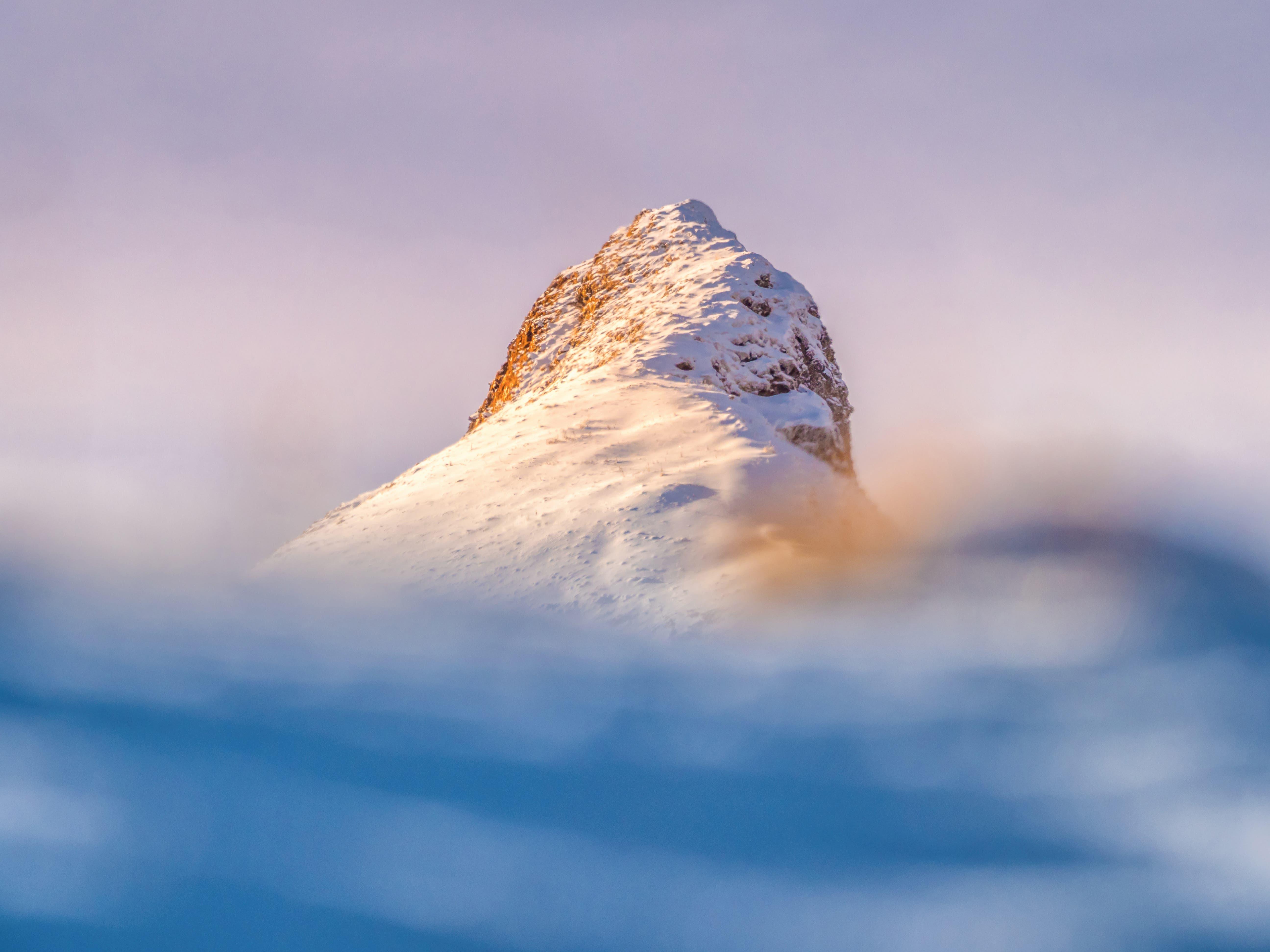 Der Fulfirst in der Morgensonne. Der Winter kommt. (Bild: Matthias Kopp)