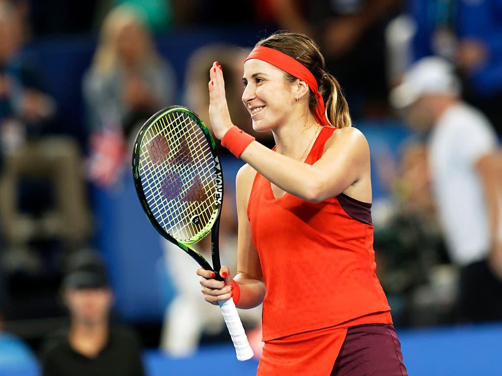 Nach Federer gewann auch Belinda Bencic ihr erstes Einzel und sicherte dem Schweizer Team den ersten Sieg (Bild: KEYSTONE/AP/TREVOR COLLENS)