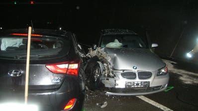 Hospental - 31. DezemberIm Gotthard-Strassentunnel ist ein Auto in Brand geraten. Verletzt wurde glücklicherweise niemand. Fahrer, Beifahrer und Hund konnten sich rechtzeitig retten. Bild: Kantonspolizei Uri