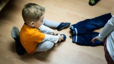 In der Region Sursee können Eltern ihre Kinder nicht nur in eine Kita geben, sondern sie auch von einer Nanny zu Hause betreuen lassen. (Bild: Michel Canonica)
