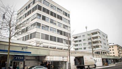 In der Liegenschaft an der Bahnhofstrasse 55 in Frauenfeld wurde Asbest in der Bausubstanz entdeckt. (Bild: Reto Martin)