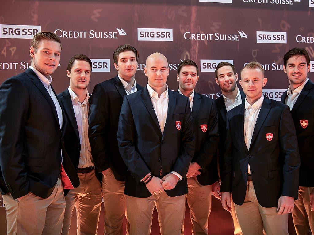 Spieler der Eishockey Nationalmannschaft, die bei den Sports Awards zugegen waren (Bild: KEYSTONE/MELANIE DUCHENE)