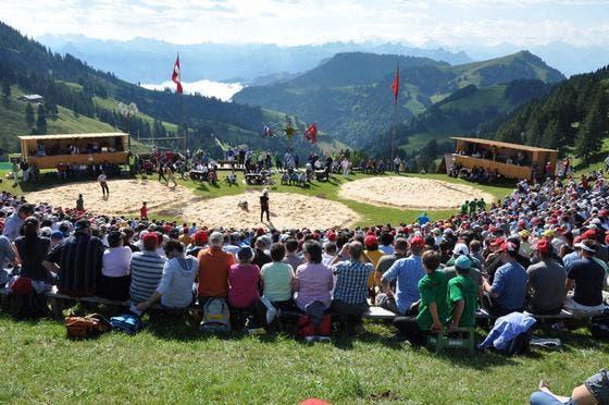 3600 Personen strömten am Sonntag auf die Rigi. (Bild: Franz Föhn/Neue SZ)