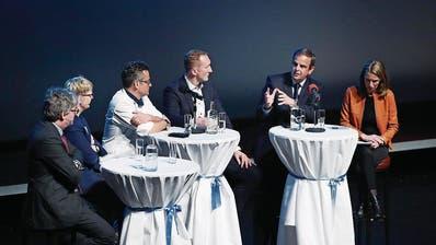 ZUG: Unternehmer und Politiker diskutieren: Was macht die Zuger Wirtschaft stark?