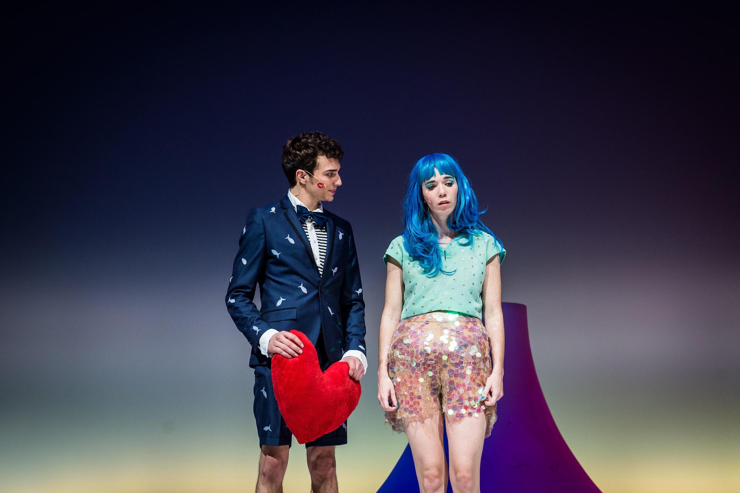 Undine – die kleine Meerjungfrau: Bilder von der Premiere am Mittwoch, 18. November. (Bild: Stadttheater Luzern)