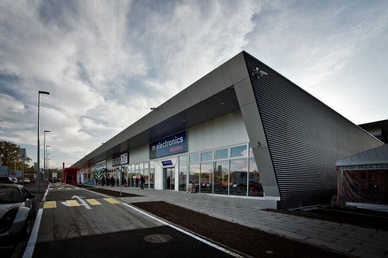 Hat am Mittwoch, 23. Oktober 2013 neu eröffnet: Das Walige-Shoppingcenter in Rothenburg. (Bild: Pius Amrein)