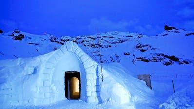 ENGELBERG: Iglu-Dorf: Schneemangel sorgt für Verzögerung
