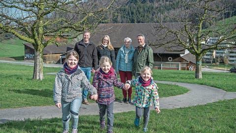BAUERNHOF: Junge Horwer Familie übernimmt den Grämlishof