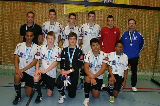 Die B-Junioren OG7Kickers belegten am IFV-Hallenfussballturnier in Entlebuch den 2. Rang. (Bild: PD)
