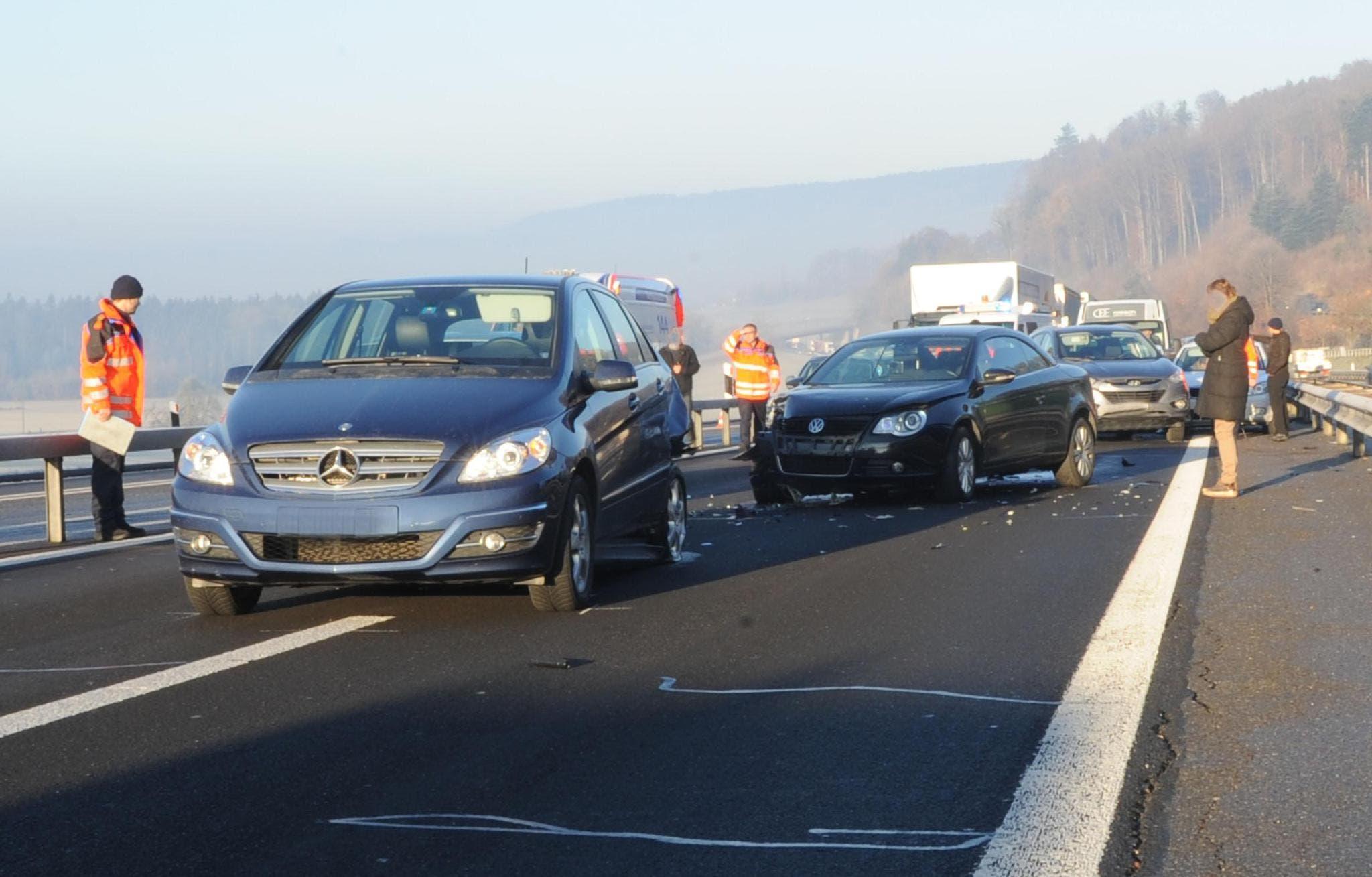 Zwei Personen wurden verletzt. (Bild: Luzerner Polizei)