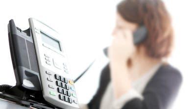 DARGEBOTENE HAND: Zentralschweizer Sorgentelefon klingelt vor Weihnachten häufiger