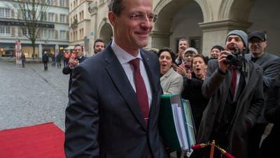 LUZERN: Dok-Film zur Finanzpolitik wird realisiert