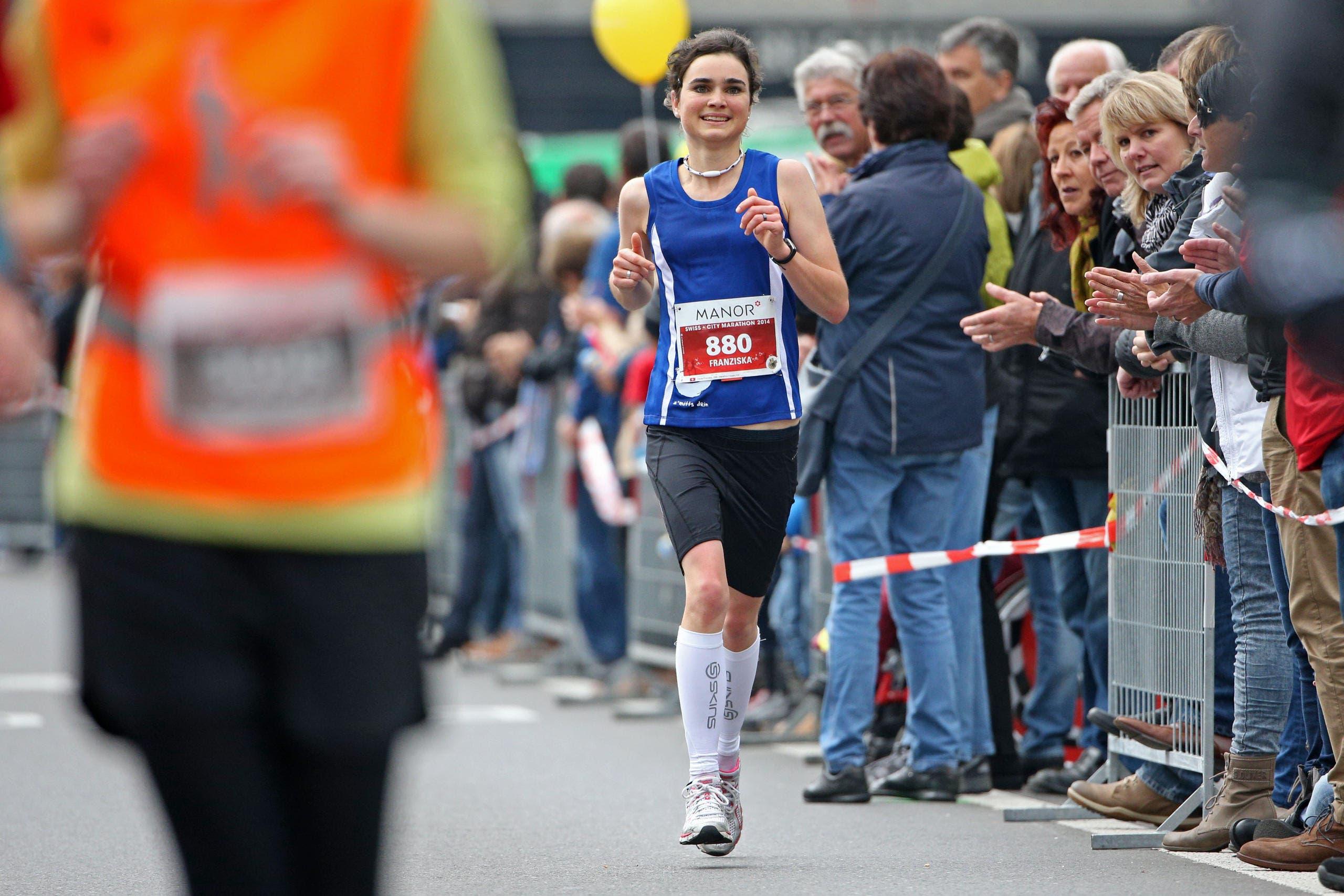 Die schnellste Marathon-Frau: Franziska Inauen aus Luzern. (Bild: Philipp Schmidli)