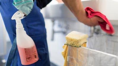 REUSSBÜHL: Über 90 Lehrer unterzeichnen Petition gegen Sparmassnahmen bei Reinigung