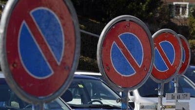 SURSEE: Gegen Parkplatzreglement regt sich Widerstand