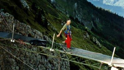 WOLFENSCHIESSEN/KERNS: Charen: Zurückwandern auf Feld eins