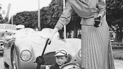 ARCHIVBILD: Der kleine Bub wurde Fahrlehrer