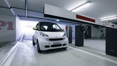 ZUG: Parkieren wird bald teurer