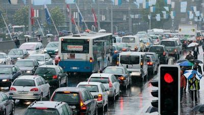 MOBILITÄT: Luzerner haben im Städtevergleich die meisten Autos