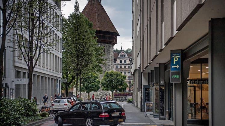 Dauerparkierer in der Stadt Luzern geraten unter Druck
