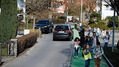 ROTKREUZ: Schulweg soll sicherer werden