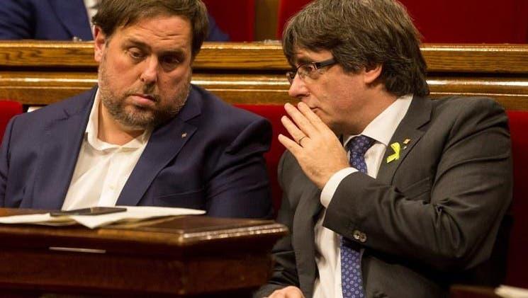 SPANIEN: Katalanisches Parlament erklärt Unabhängigkeit
