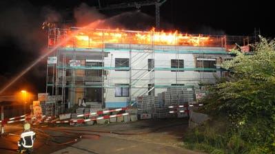 ENGELBURG: Hoher Sachschaden bei Brand in Neubau