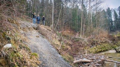 WITTENBACH: Erdrutsch begräbt Sitterstrand