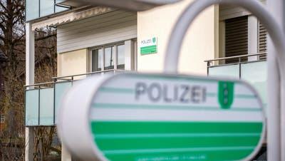 RÜCKZUG: Polizei räumt Posten in Abtwil