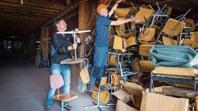 LENGWIL: Zweites Leben für Pulte und Stühle