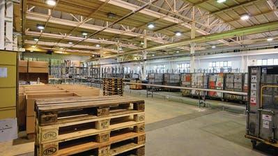 ARBON: Für 17 Franken pro Stunde: Mitarbeiter verarbeiten Zalando-Retouren neu in Arbon