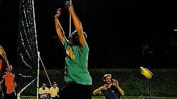 Volleyball bis in die Nacht