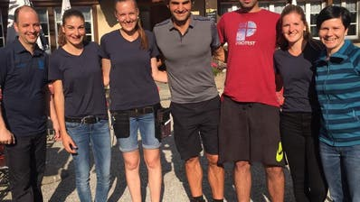 TENNISSTAR IM ALPSTEIN: Roger Federer besucht den Seealpsee