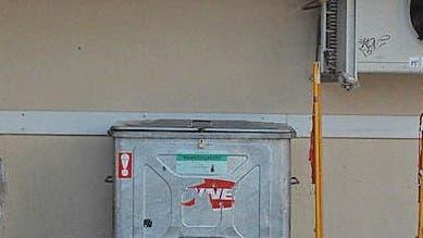 Kondensatoren und Strassenbelag überlastet, Ventilatoren knapp