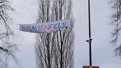 FRAUENFELD: Pegida-Demo vom Winde verweht