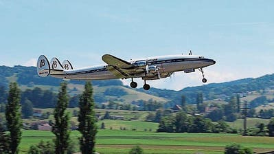 ALTENRHEIN: Piloten fliegen für Super Connie