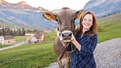 Als Königin die Kühe vertreten