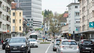VERKEHRSBERUHIGUNG: Zürcher Strasse in St.Gallen umgestalten: Vier Parkplätze und 16 Bäume mehr