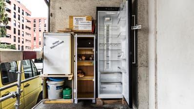 FOOD WASTE: Hamsterer leeren Kühlschrank der Restessbar in St.Gallen