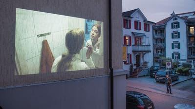PROJEKTIONEN: Fenster in eine andere Welt